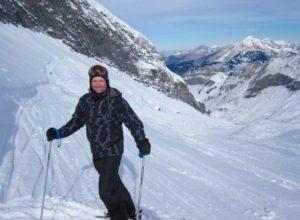 Scott Osmun skiing
